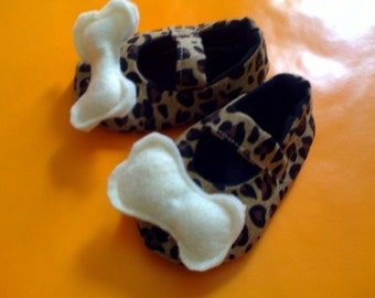 Cave Girl Shoes Size 0-18months PERFECT FOR HALLOWEEN