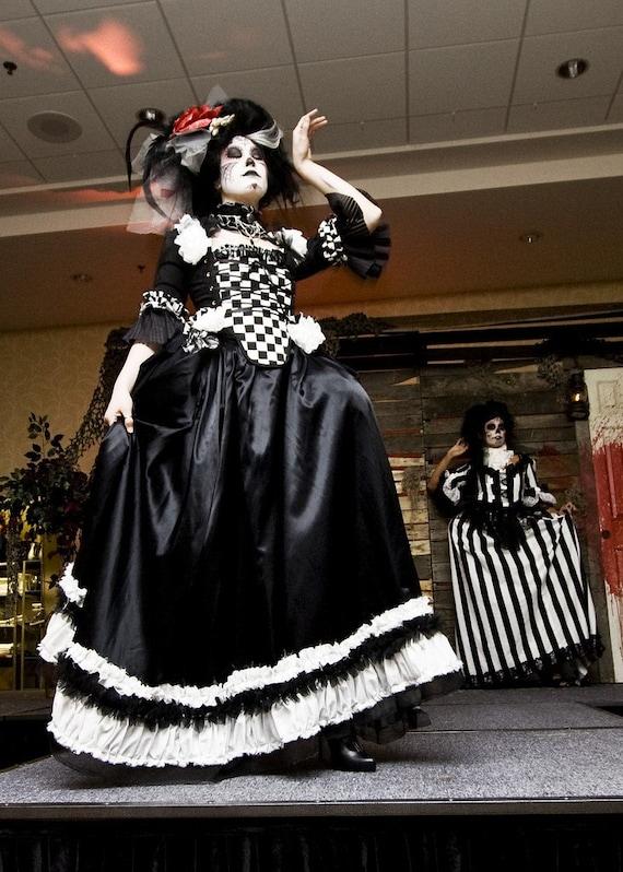 Black and white rococo victorian dress size sm super sale