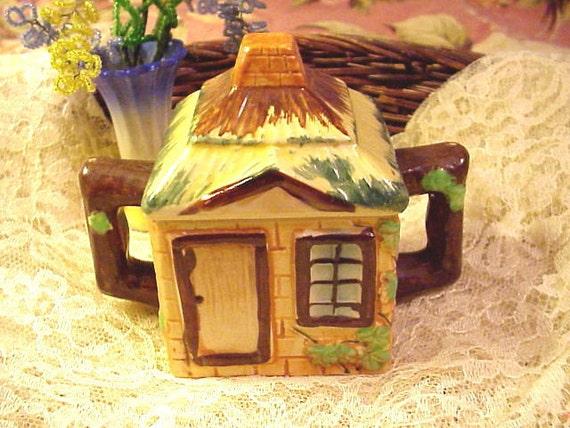 Cottage Majolica Sugar Bowl Japan