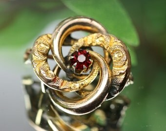 Brooch- 10k gold filled Entwined Celtic Knot Brooch