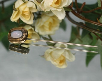 Stickpin- Vintage Goldtone and Glass Stickpin