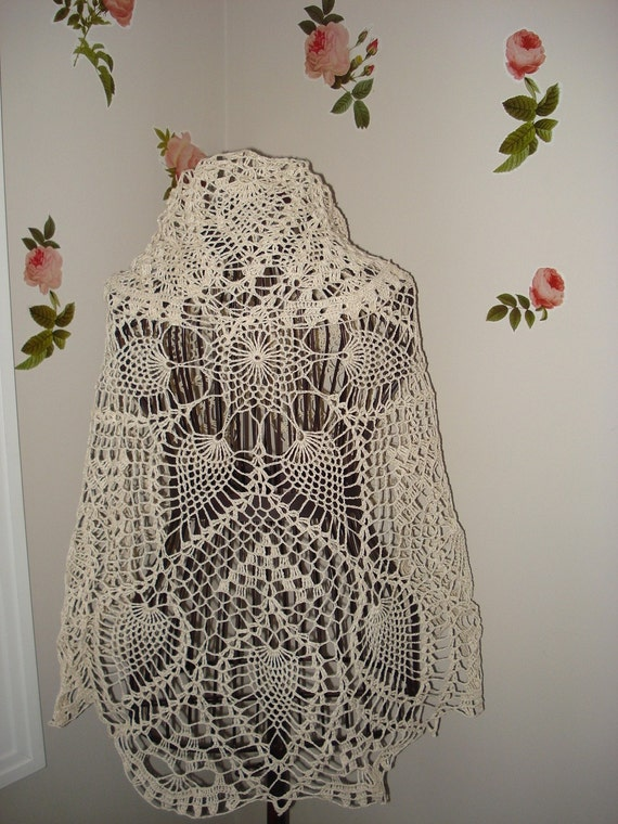 RESERVED for linusmanus Gorgeous Crochet round tablecloth -Doily or use it as a shawl