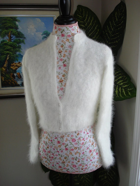 Ready to ship - HANDMADE Ivory Kate Middleton Bunny Angora Bolero knitted with handspun angora/ bridal bolero/Size M to L/Pls read measu