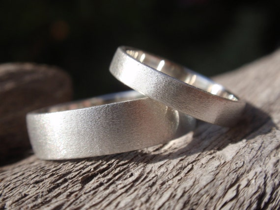 wedding bands set of 2 - wedding ring set brush/satin finish - sterling silver - 5mm & 3mm - made to order - handmade jewelry men and women