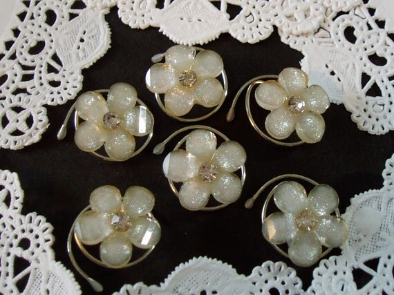 Springtime Flower Hair Swirls Twists  Spins or  Coils in Dazzling Ivory Acrylic