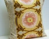 Trellis Stripe Ivory Pillow Cover - 18 Inch