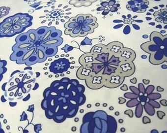 Flower Garden Blue Combo in Beige White -- EK-QS38187