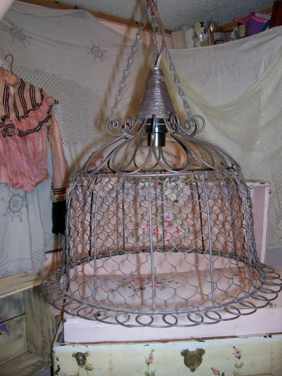 Hanging Bell Shaped Shabby Chicken Wire Light-Lamp