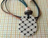 Dots lines bn porcelain pendant necklace