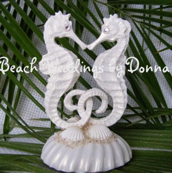 Kissing Seahorse Cake Topper