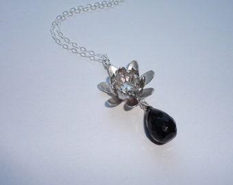 Black Spinel Flower Necklace