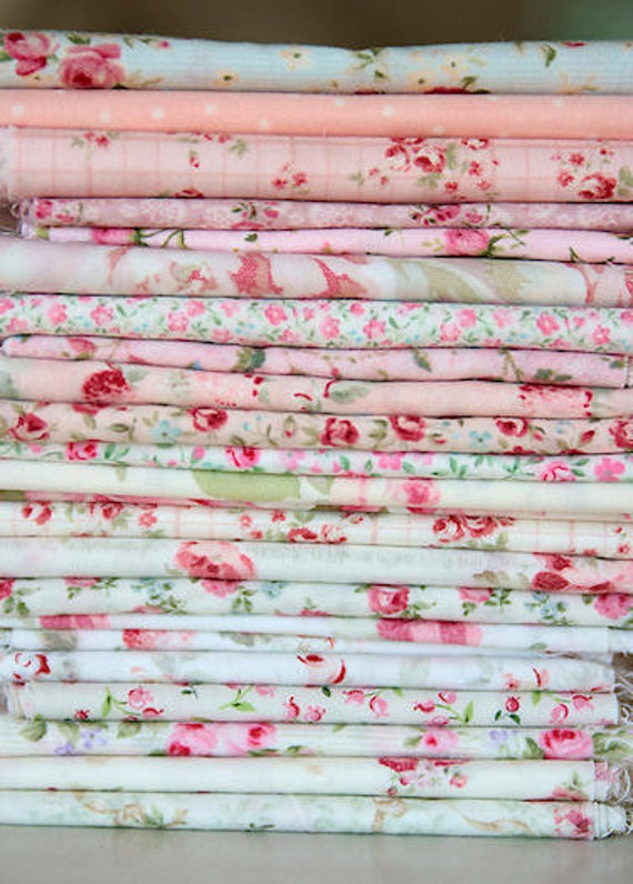 23 Piece Shabby Fabric Bundle and Serenity Quilt Pattern