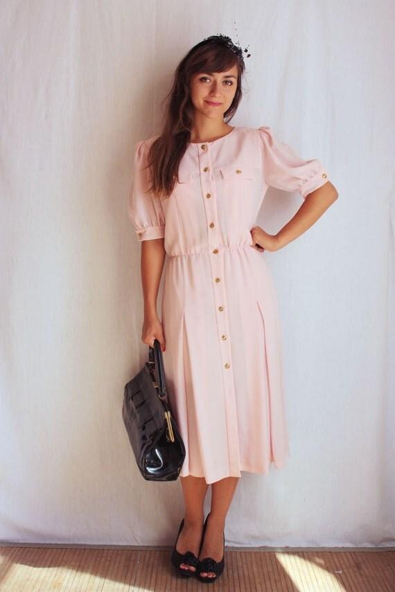 robe saharienne rose pastel ann es 70 80. Black Bedroom Furniture Sets. Home Design Ideas