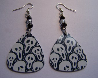 Scream - Guitar Pick Earrings