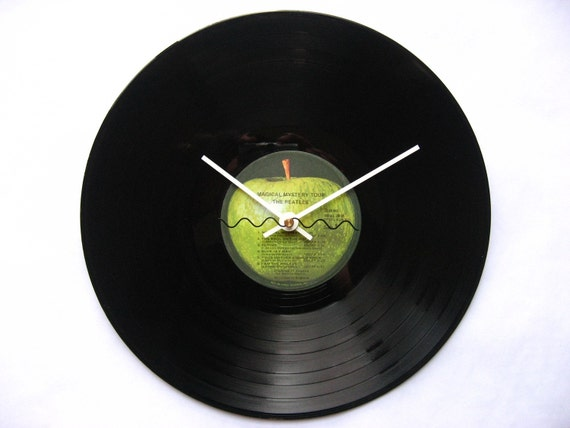 The Beatles - Magical Mystery Tour record clock (I Am The Walrus, Your Mother Should Know)