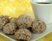 Vanilla Almond Macaroons