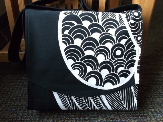 Graphic Black and White Messenger Bag