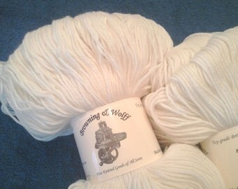 Merino/Cashmere/Nylon Sock Yarn - Natural White - 100g Skein