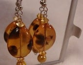 golden amber toned tortoise-look DROP earrings