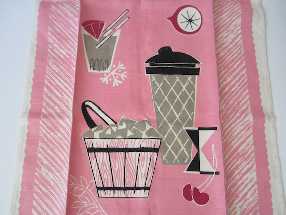 Vintage Cocktail Shaker Bar Towel