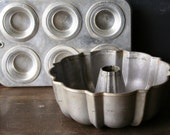 Vintage Cast Aluminum Bundt Pan and Aluminum Muffin Pan From Nowvintage on Etsy