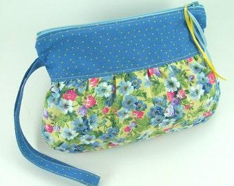 Gathered Wristlet Bag Sewing Pattern PDF Tutorial