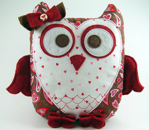 Sweetheart Owl Pillow Pattern ... Plush Sewing Tutorial