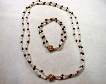 Vintage 80's Double Strand Fresh Water Seed Pearl with Onyx Beads Necklace and Bracelet Set