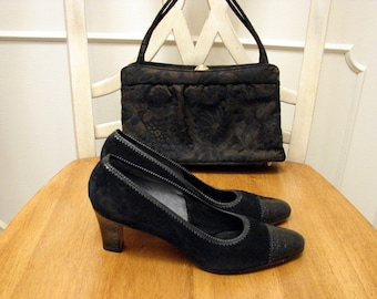 Glamour Pumps Vintage 1970's DeLiso Black Suede and Embossed Patent Leather