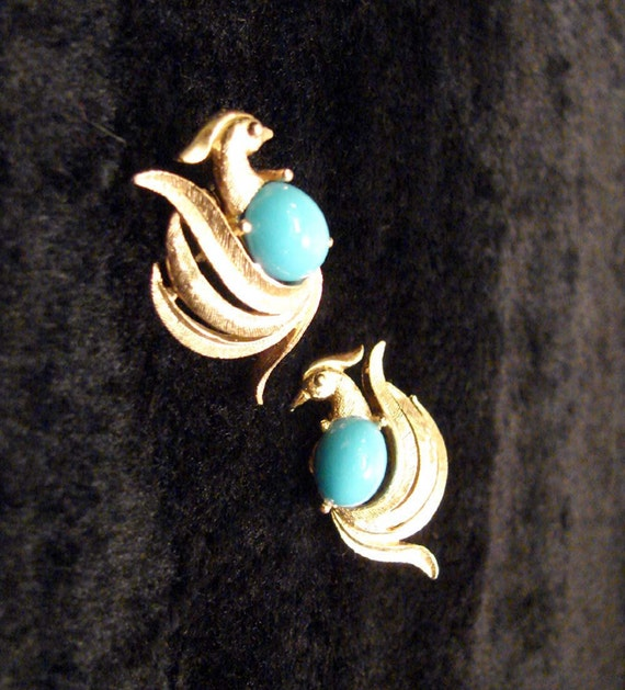 Vintage AVON Gold Turquoise Bird Pheasant Peacock Clip Earrings Collectors