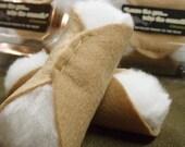 Cannoli 2pc cat nip toy - a nip-filled whack to the head