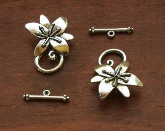Antiqued Lily Flower Silver Plated Pewter Toggle Clasps 12mm Opening - 2 Sets