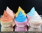 6 Mini Cupcake Bath Bombs with Soap Topping