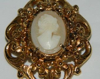Vintage Florenza Carved Shell Cameo Brooch or Pendant