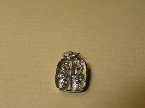 Sterling Libra Scales Charm Pendant