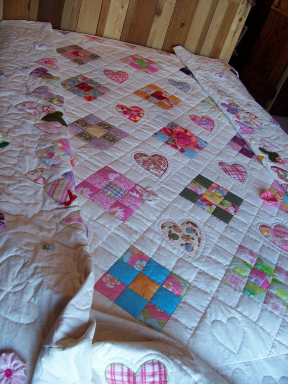Hand Quilted Nine Patch Bed Quilt, Hand Quilted, Hand Applique, For My Daughter, Custom Made