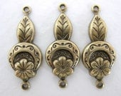 Antiqued Brass Ox Flower Leaf Connector Drop Link Charm 25mm cnn0009 (6)