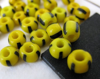 Vintage Glass Beads, Yellow Black Stripe, Bumblebee Czech 1940s, vgb0228 (50)