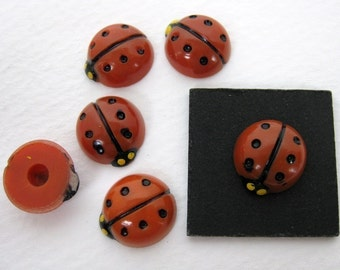 Vintage Cabochons Red Ladybugs Plastic Hand Painted Japan 12mm pcb0108 (6)