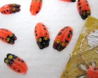 Vintage Plastic Cabochons. Ladybugs, Tiny, Handpainted, 1960s Japan, 8x4mm pcb0119 (10)