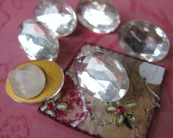 Vintage Rhinestone Buttons. Crystal Jewel Faceted Glass, Oval, 1940s West Germany but0096 (6)