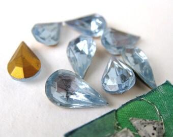Vintage Rhinestone Jewels. Light Sapphire Teardrop Glass, Czech Pear, 13x8mm rhs0100 (8)