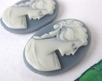 Vintage Cameo Grey Ivory Lady Plastic Resin Cabochon 25x18mm pcb0170 (2)