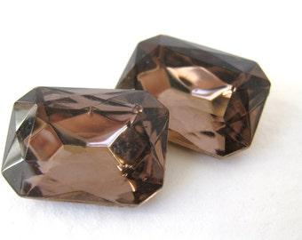 Vintage Jewel. Rhinestone Amethyst Glass Octagon 18x13mm rhs0224 (2)