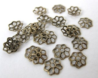 Antiqued Brass Tiny Flower Filigree Bead Cap Brass Ox Vintage Style 7mm bcp0007 (24)