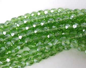 Vintage Glass Beads Peridot Green Faceted Round 6mm vgb0453 (30)