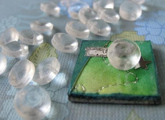 Vintage Glass Beads. Clear Sea Glass Discs, 10mm vgb0172 (15)