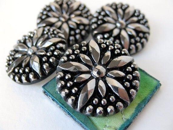 Vintage Glass Buttons. Silver Star, Black Faceted Starburst, West Germany, 7/8 inch 22mm but0115pc4 (4)