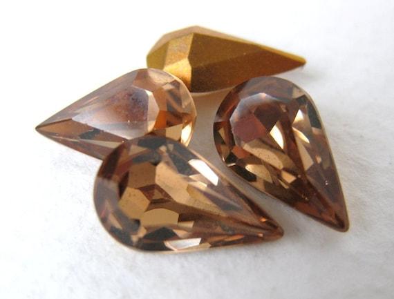 Vintage Swarovski Rhinestone Lt Smoked Topaz Pear Teardrop Jewel 13x8mm swa0172 (4)