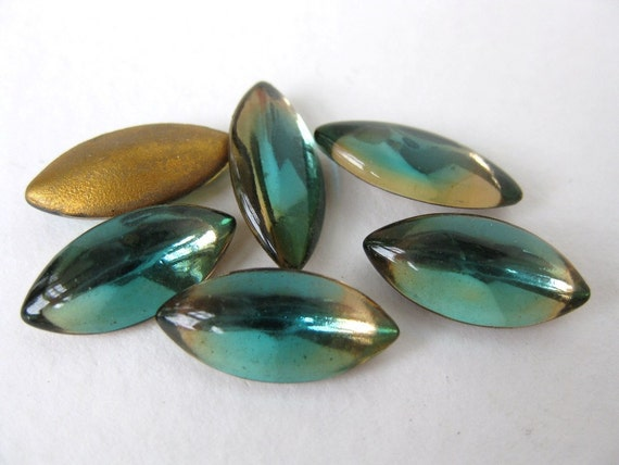 Vintage Glass Rhinestone Navette Emerald Aqua Topaz Cuba 15x7mm rhs0225 (6)